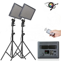 Aputure LED Set: 2x AL-528C Bi-Color CRI95 + Statieven met Tassen